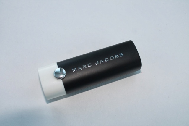 marc jacobs lovemarc matte lip gel